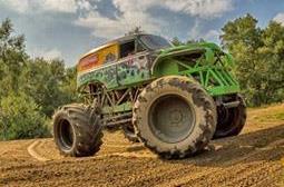 Freizeitaktivitäten in Niedersachsen | Monster-Truck fahren